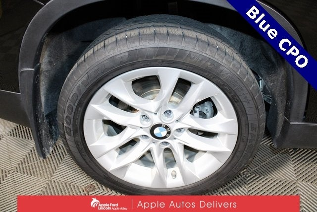 Used 2015 BMW X1 28i with VIN WBAVL1C51FVY33194 for sale in Apple Valley, Minnesota